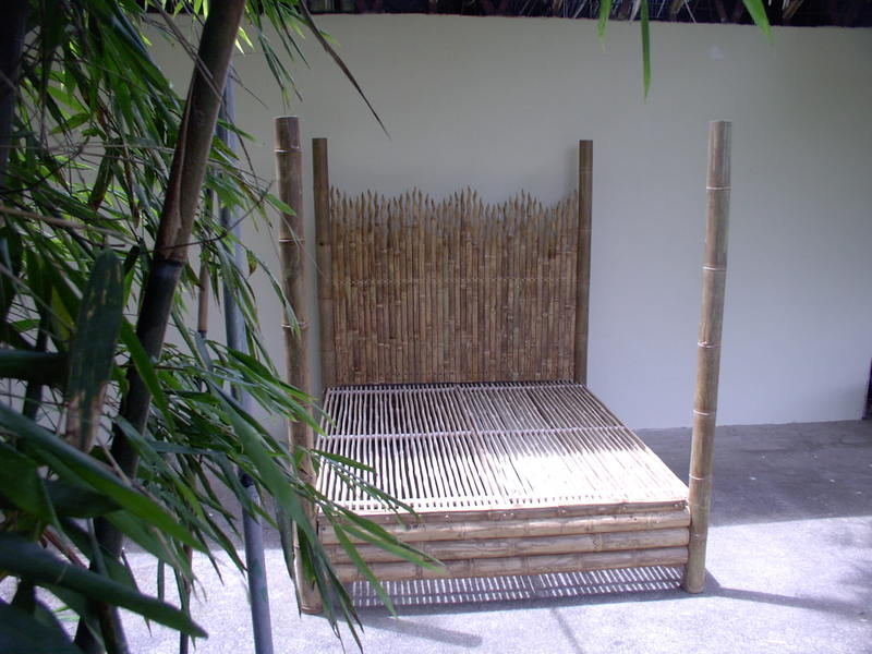 Bamboo bed large